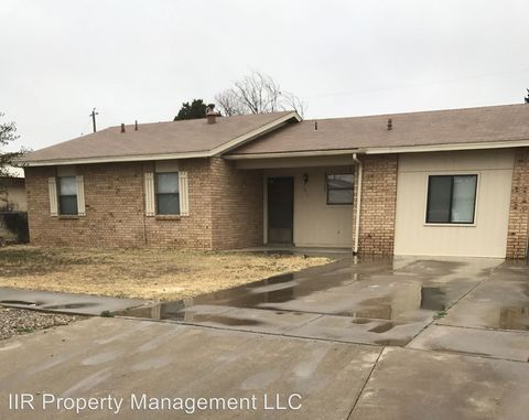 1211 Harvard Dr, Roswell, NM 88203