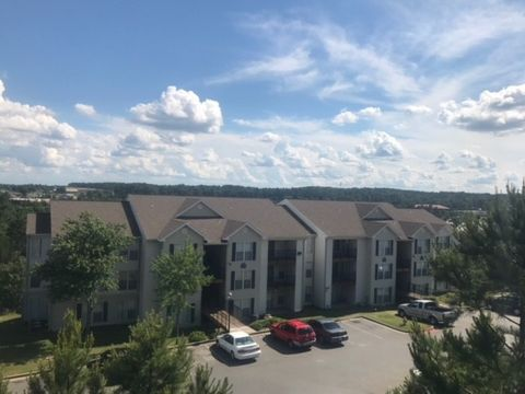 Photo of 420 Napa Valley Dr, Little Rock, AR 72211
