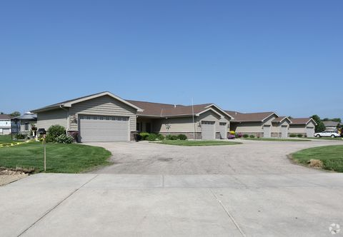 Photo of 2641 Kadlec Dr, Beloit, WI 53511