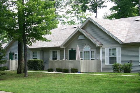 Photo of 11005 Hunters Ridge Blvd, Meadville, PA 16335