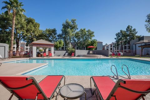 3045 N 67th Ave, Phoenix, AZ 85033