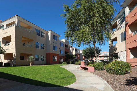 28425 N Black Canyon Hwy, Phoenix, AZ 85085