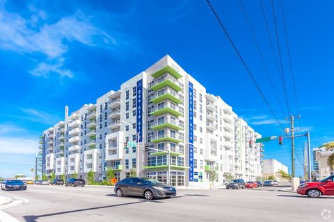 3760 Sw 40th St, Miami, FL 33146