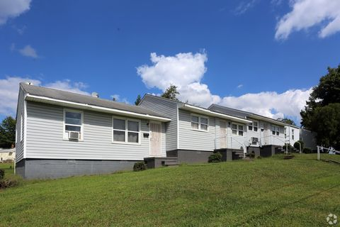 Photo of 301 Walkertown Ave, Winston Salem, NC 27105