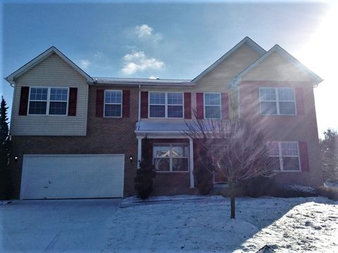 Photo of 3455 Lakebrook Ct, Fairfield Township, OH 45011