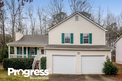 Photo of 4198 New Towne Dr, Powder Springs, GA 30127