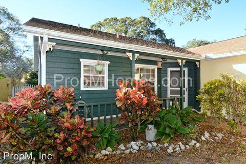 3938 Woodrow St, Sarasota, FL 34233