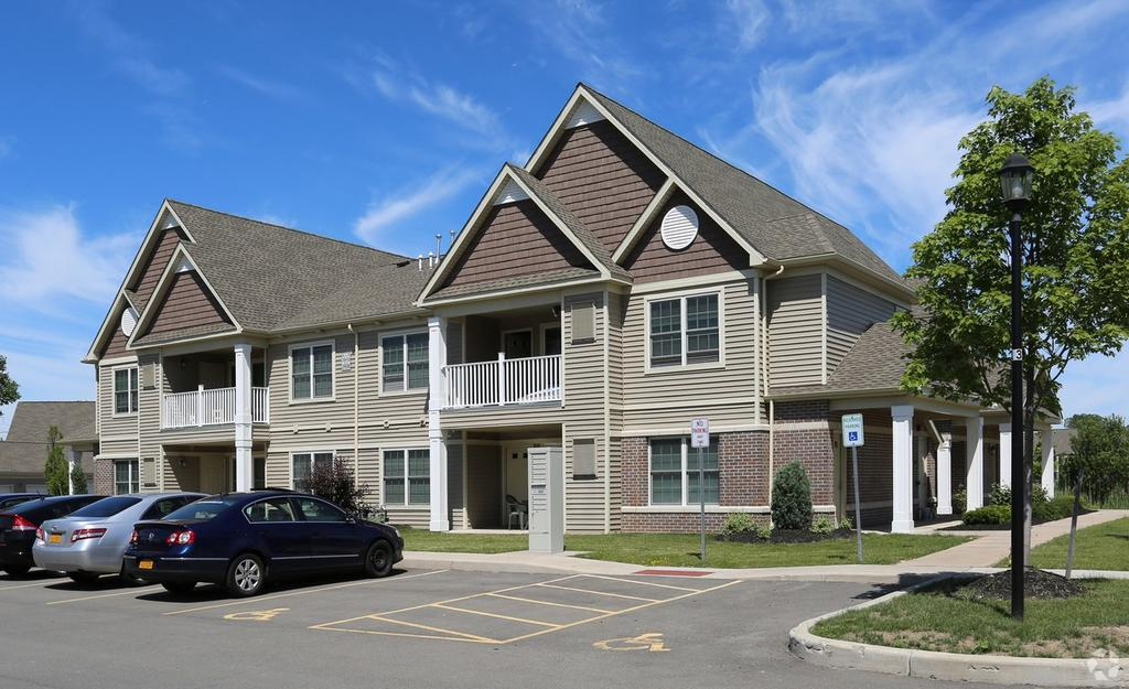 Deer Lakes Apartments