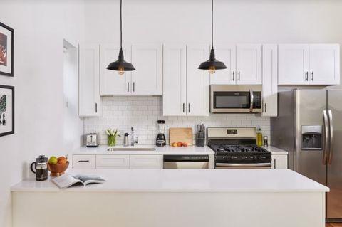 Fantastic Lower West Side Chicago Il Apartments For Rent Realtor Com Home Remodeling Inspirations Gresiscottssportslandcom