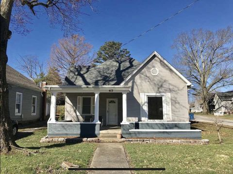 Photo of 413 N Division St, Carterville, IL 62918