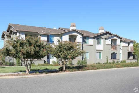 100 Penzance Ave, Chico, CA 95973
