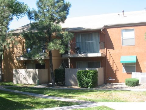 Photo of 1401 Pennsylvania Blvd, Albuquerque, NM 87110