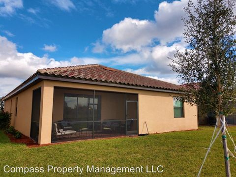 Photo of 12481 Cinqueterre Dr, Venice, FL 34293