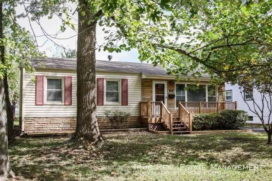 620 S Saint Jacques St, Saint Louis, MO 63031