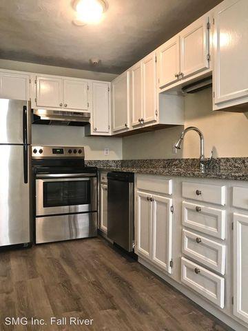 400 New River Rd, Lincoln, RI 02838