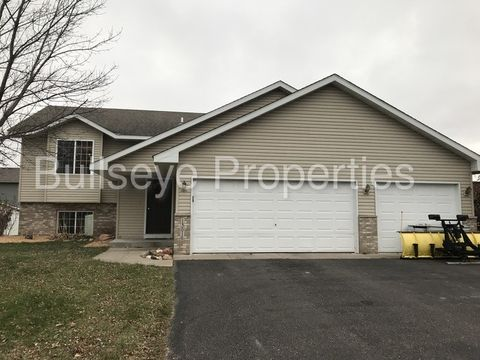 13016 7th Ave S, Zimmerman, MN 55398