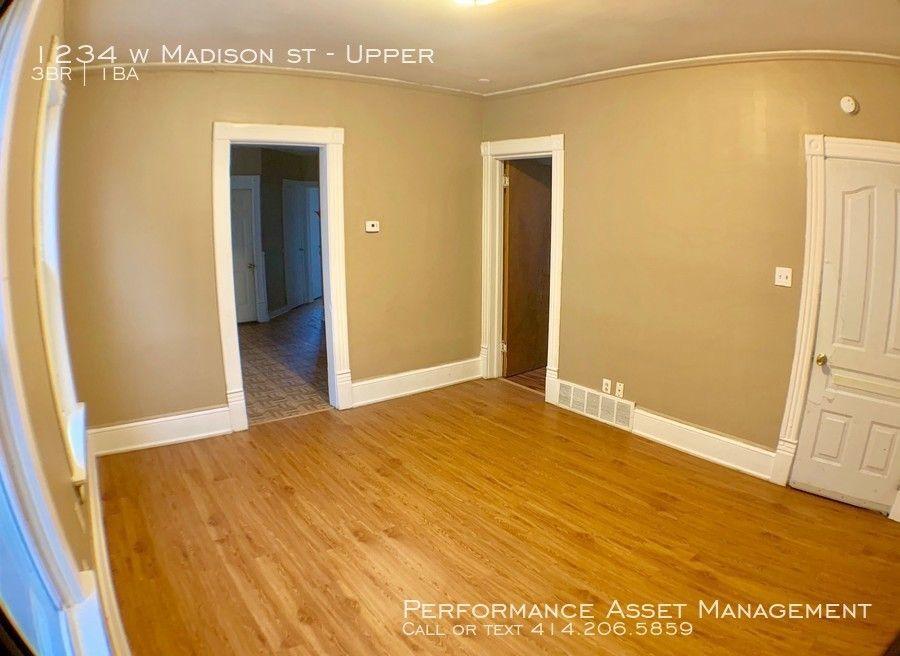1234 W Madison St Unit Upper, Milwaukee, WI 53204