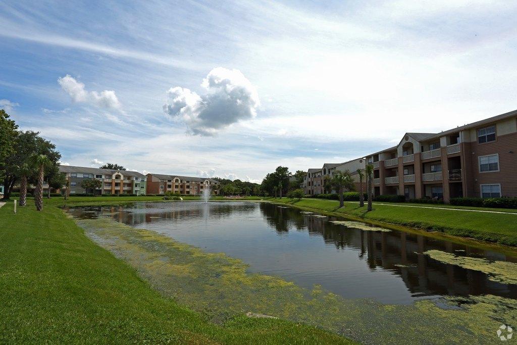 6301 S West Shore Blvd, Tampa, FL 33616