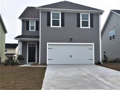 Photo of 525 Lateleaf Dr, Moncks Corner, SC 29461