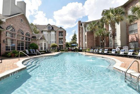 Photo Of 2424 E Tc Jester Blvd Houston Tx 77008 Apartment For Rent