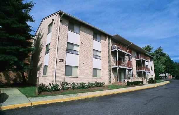 Laurelton Court
