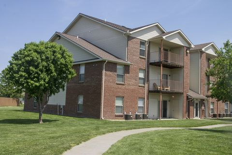 Photo of 705 Folsom Ln, Lincoln, NE 68522