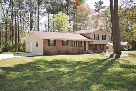 Photo of 125 Trace Dr, Stockbridge, GA 30281
