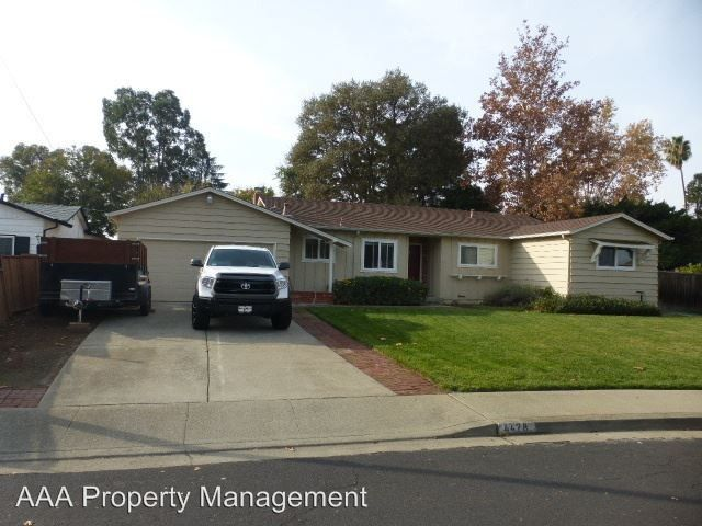 4428 Willowood Ct, Concord, CA 94521