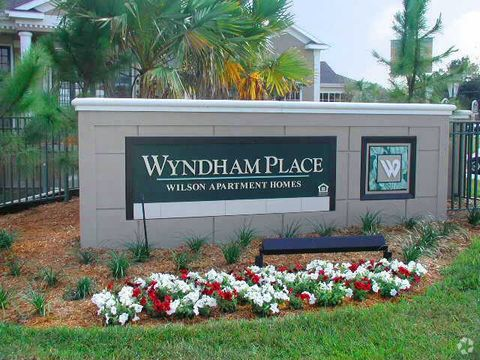 Photo of 1500 Wyndham Crest Blvd, Sanford, FL 32773