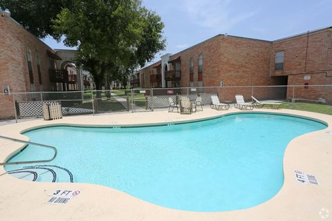 Photo Of 2425 Barnard Rd Brownsville Tx 78520 Apartment For Rent