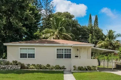 Photo of 870 Ne 144th St, North Miami, FL 33161