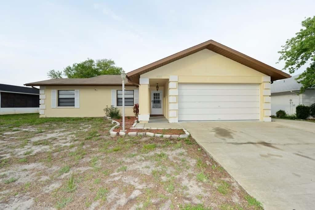 11311 Brown Bear Ln, Port Richey, FL 34668