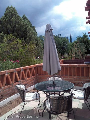 302 S Paseo Cerro Unit D, Green Valley, AZ 85614
