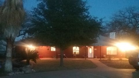 Photo of 103 River Lake Dr, Kingsland, TX 78639