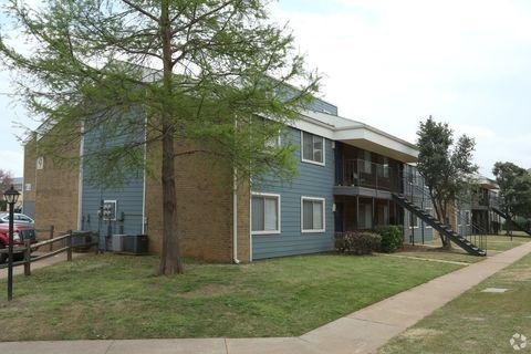 Photo of 4625 Tinker Diagonal St, Oklahoma City, OK 73115