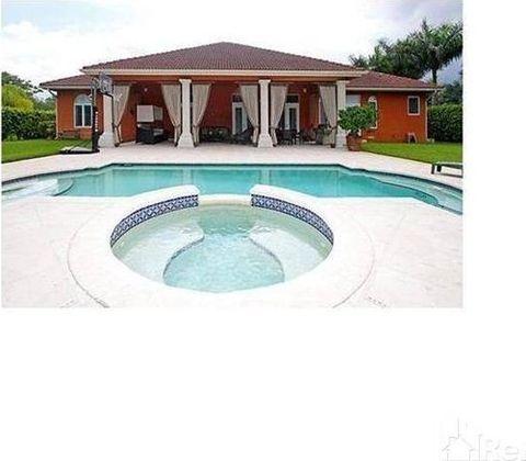 5 Bds 35 Bts Beautiful Resort Style Single Family, Miami, FL 33177