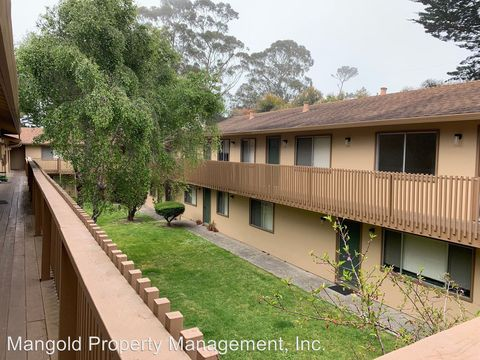 Photo of 7 Moreland Ave, Pacific Grove, CA 93950