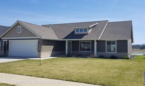 13789 N Pristine Cir, Rathdrum, ID 83858