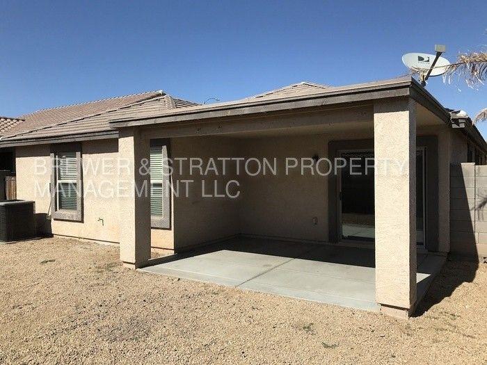 965 E Dee St, Avondale, AZ 85323