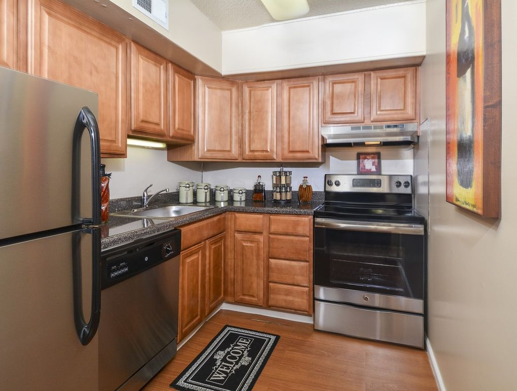 18 Westover Club Dr Norristown Pa 19403 Realtor Com