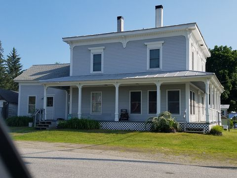 Photo of 5 High St, Winthrop, ME 04364