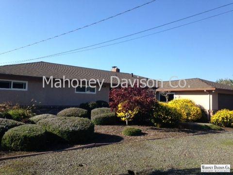 291 Palm Ave, Penngrove, CA 94951