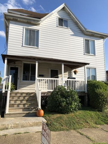 Photo of 510 Foster St Apt A, Greensburg, PA 15601