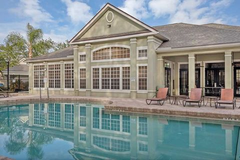 Photo of 1717 County Road 220, Fleming Island, FL 32003