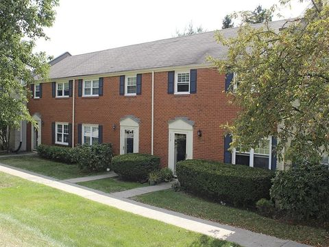 Photo of 112 Hilands Pl, Pittsburgh, PA 15237