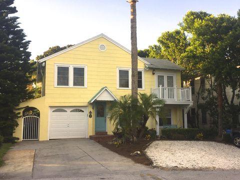 Photo of 220 North St, Neptune Beach, FL 32266