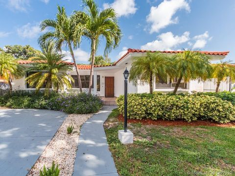 Photo of 1329 71st St, Miami Beach, FL 33141