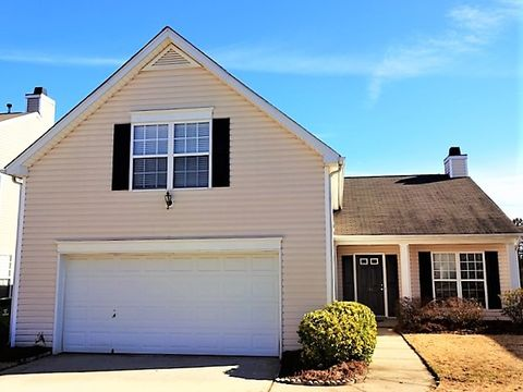 Photo of 214 Clay Thorn Ct, Greer, SC 29651