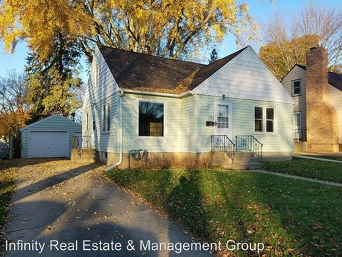 1301 13th Ave Ne, Rochester, MN 55906