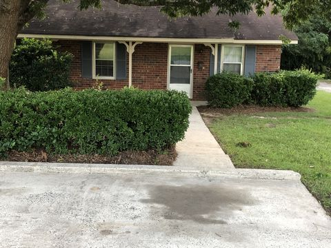 Photo of 1011 Morningside Dr Apt B, Perry, GA 31069